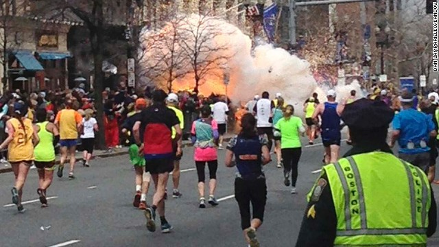 ATTENTATO ALLA MARATONA DI BOSTON! Breaking News USA!